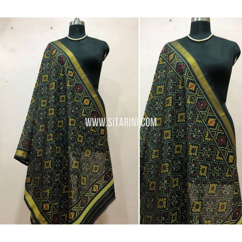 Patola Dupatta-Single Ikkat-Silk-Black-Sitarini-SITPAD140