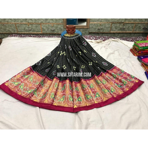 Pochampally Ikkat Pattu Lehenga in Black and Magenta-Sitarini-PGMHIPL115