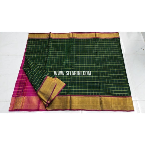 Uppada Pattu Saree-Checks-Magenta and Bottle Green-Sitarini-UMKHUSS100