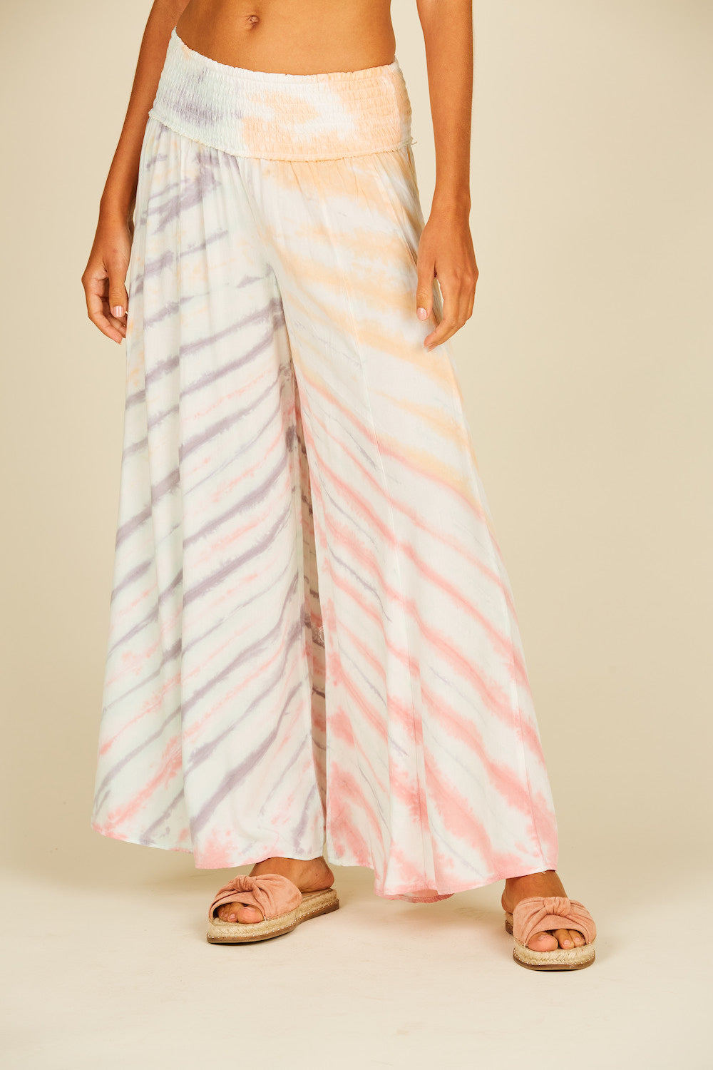 New Swirl Placement Wide Leg Pant