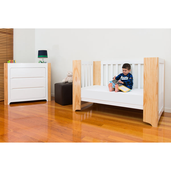 Cocoon Evoluer Cot + Mattress