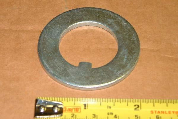 Nut Hub Nut Washer 4512 881384M1 - Roy Perfect LTD