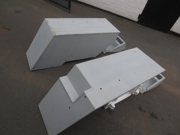 Pair of Zetor Rear Mudguards (Big cab fitting) - Roy Perfect LTD