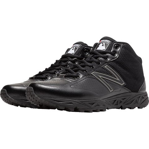 New Balance Mid Cut Umpire Base Shoe - Black