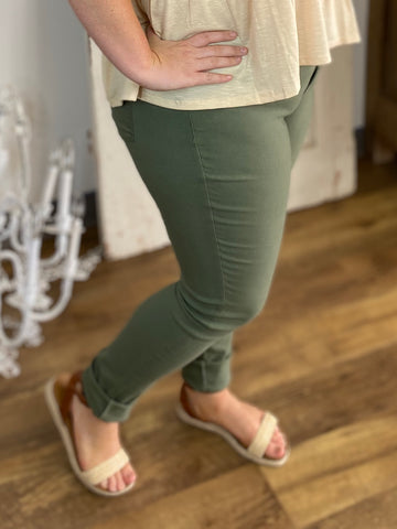 Sage Skinny Leg Teacher Pants (Sizes 4-16)
