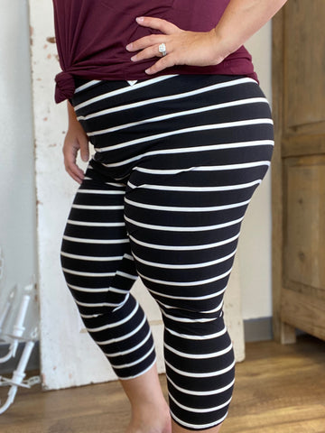 Black/White Striped Butter Capri Leggings