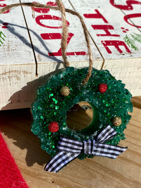 Cranberry Peppermint Scented Wreath Car Freshie