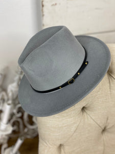 Grey Wool Buckle Trim Fedora Hat