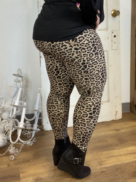 Brown Leopard Butter Ankle Leggings