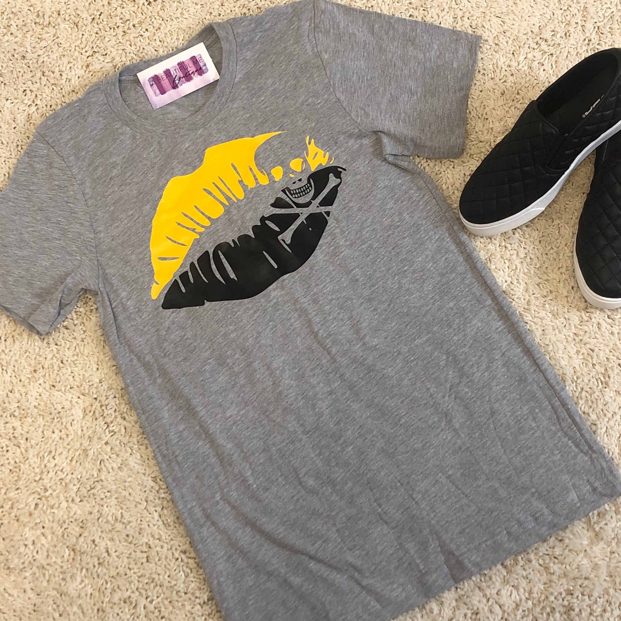 Women's Black & Gold Lips Tee