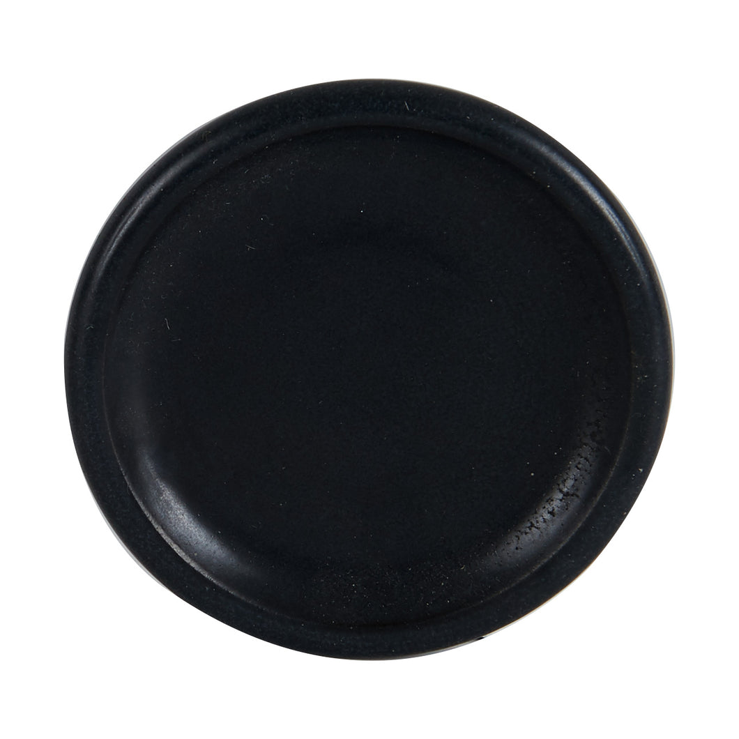 Sm Black Plate With Rounded Rim