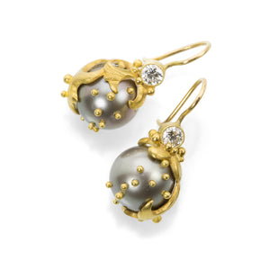 Lilly Fitzgerald Gray Pearl Wave Earrings | Quadrum Gallery