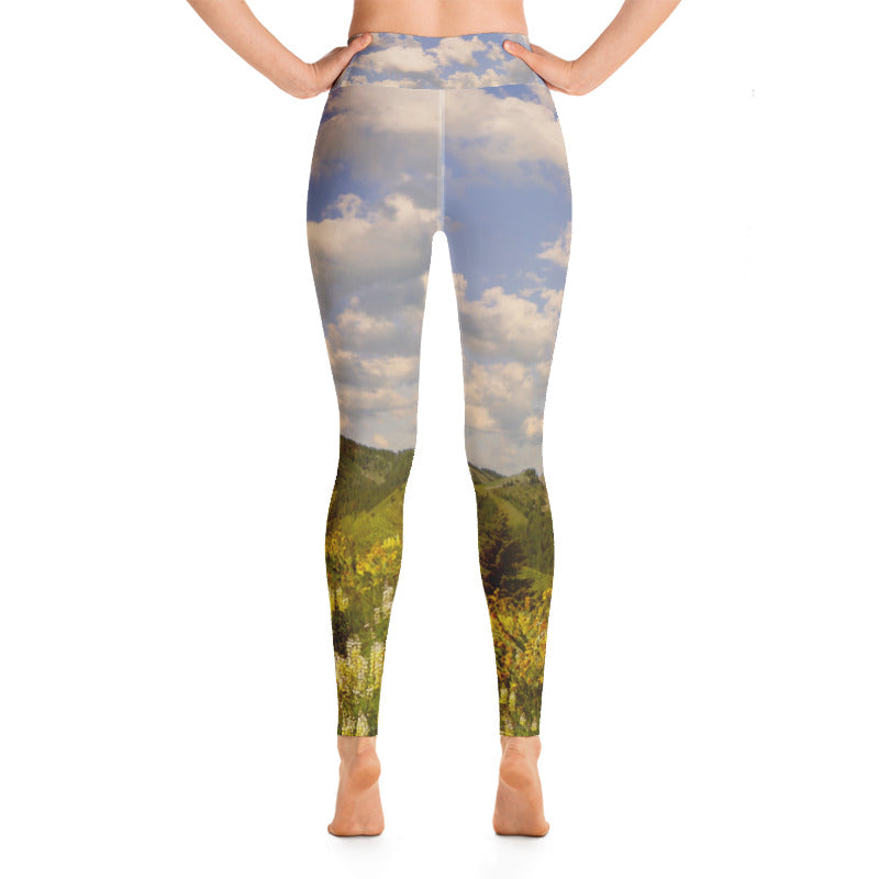 Baldy View Through The Lupines Yoga Leggings