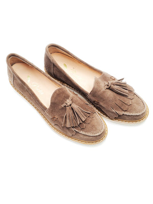 Load image into Gallery viewer, Brown Tassel Sneakers