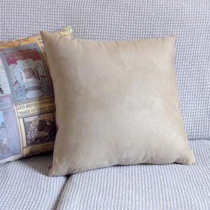 Alice Editions Cushion
