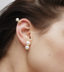 Saskia Diez - Pearl Pop Earrings - Gold / Pearl