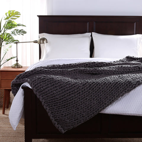 Sailor's Knot Twice Knit Chunky Throw Blanket