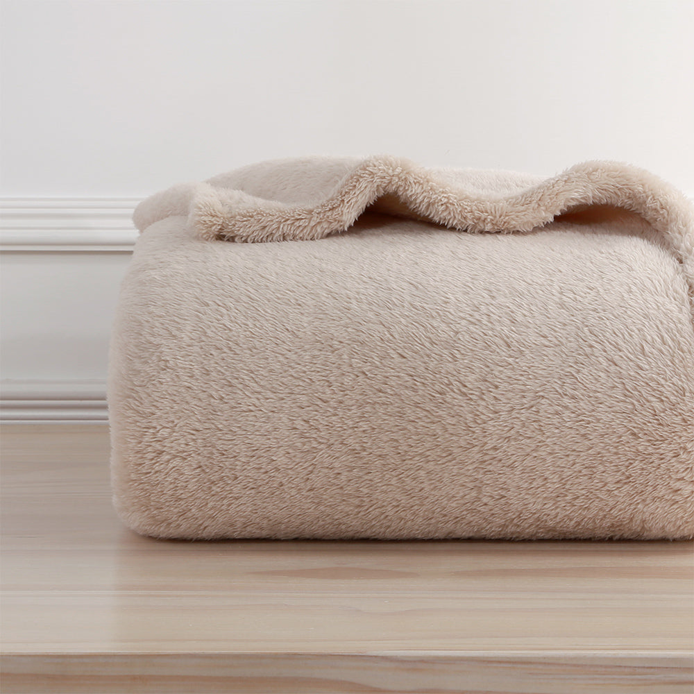 skonvirke ultraplush throw