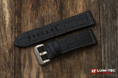 Crock style strap with grey stitching