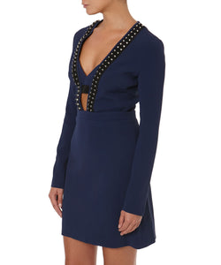 V-NECK LONG SLEEVE DRESS -SIDE VIEW- THE BOX BOUTIQUE