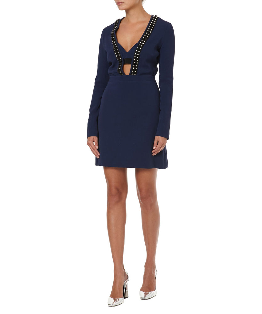 V-NECK LONG SLEEVE DRESS -FONT VIEW- THE BOX BOUTIQUE