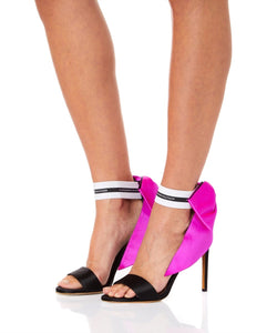 BOW DOWN SANDALS WITH FUCHSIA BOW