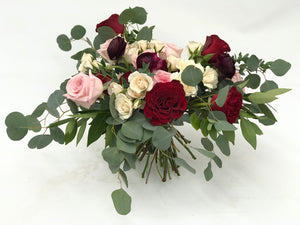 WRAPPED VALENTINE'S DAY BUNDLE 12 STEMS MIXED ROSES & GREENS - Blushes & Blooms
