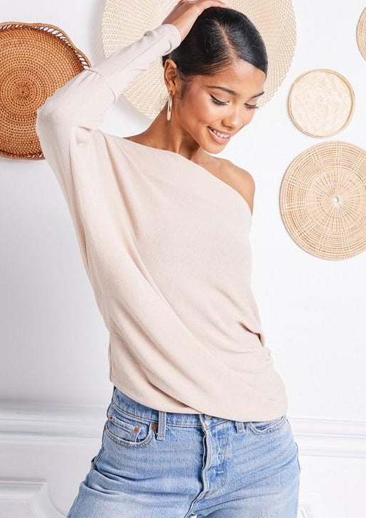 Jolie Off Shoulder Top (Taupe)