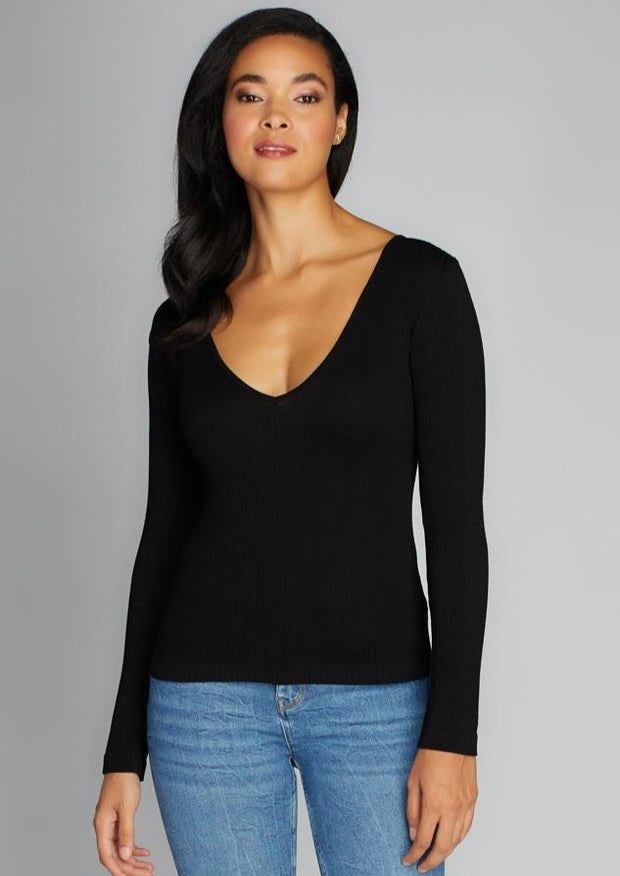 C'est Moi Ribbed V Neck Top (Black)