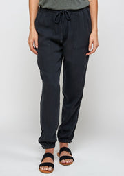 Thread & Supply Serena Jogger (Vintage Black)