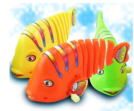 Swinging Fish Toy
