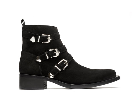 GOTH BOOT
