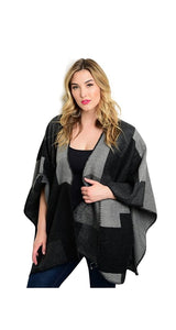 Plus Size Colorblock Wrap Shawl Cape
