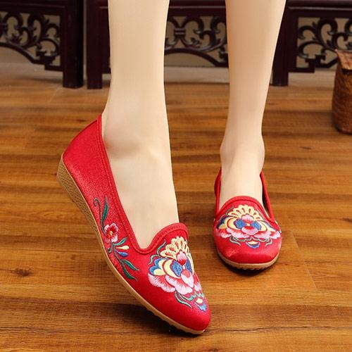 Flowers Embroidered Flats Shoes – Jewish girl 160f2195d44d