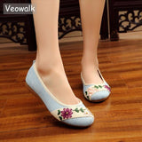 Veowalk New Flower Embroidered Women Breathable Flats Slip On Cotton Fabric Linen Comfortable Old Peking Ballerina Flat Shoes