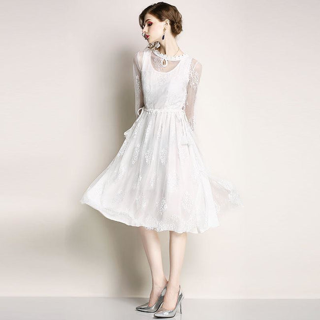 Women Casual Dress New Brand 2018 Autumn Fashion White Mesh Elegant Lace Big Swing Ladies Party Dresses M640