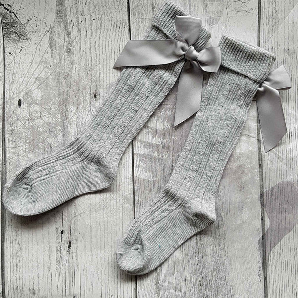 baby girl grey socks with bow