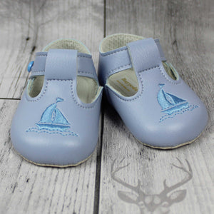 Baypods Boy Crib Shoes with Soft Sole and T Bar and Yacht Embroidery