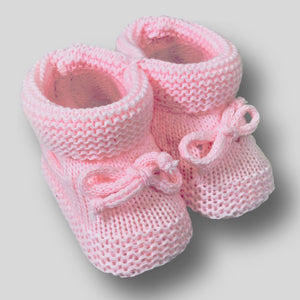 baby girl booties pink knitted
