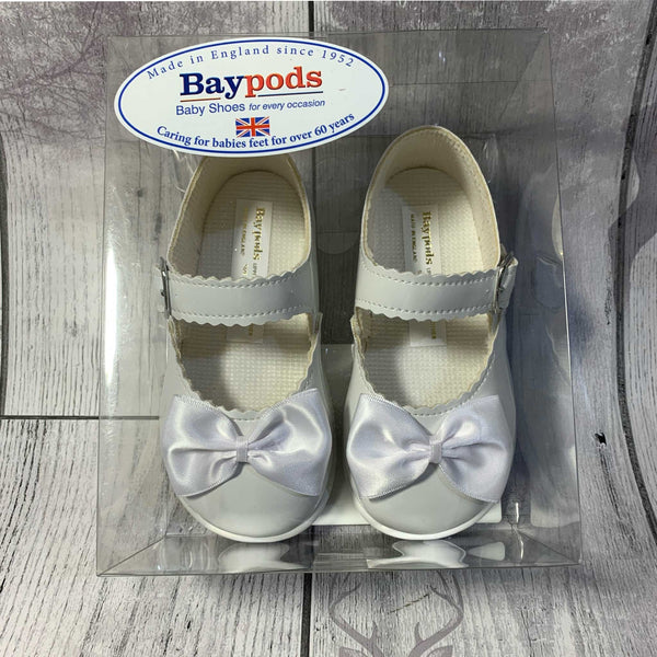 First Walker Shoes - Hard Sole White with Bow