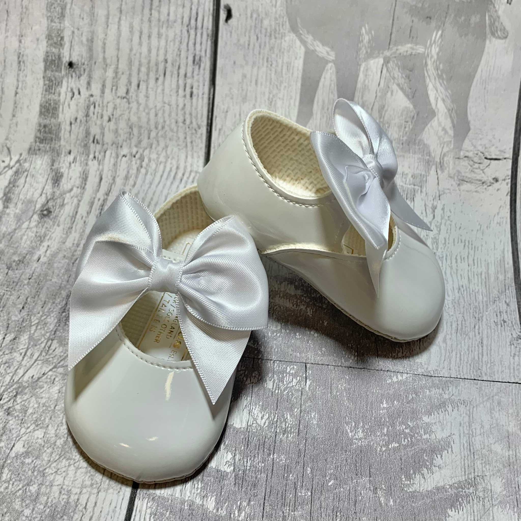 Baby Girl Shoes with Satin Ribbon Bow - White