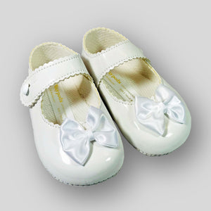 Baby Girl White Pram Shoes with White Bow and soft sole