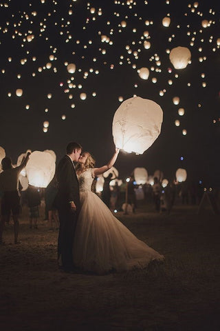 Cheap DIY Wedding Ideas - Sky Lantern