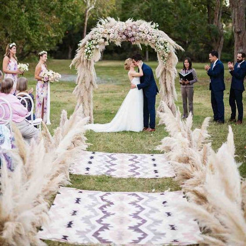 Simple Wedding Design - Feathers