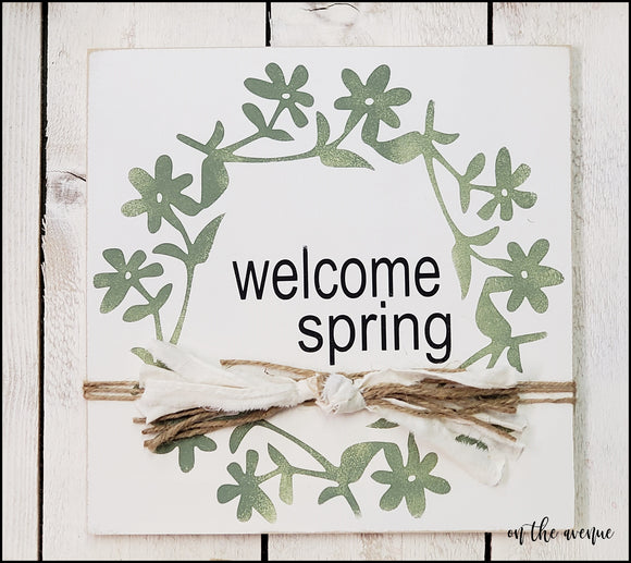Welcome Spring - Flower Wreath Sign
