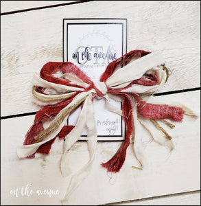 Christmas Bow - Red & Cream - Set of 4
