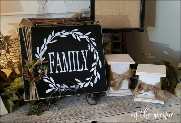 Family w/Wreath Wood Sign