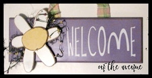 Welcome Daisy Sign Door Hanger