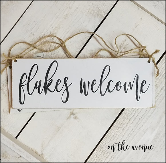 FLAKES Welcome - Door Hanger