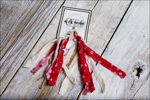 Red Fabric/Jute Knot